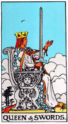 Значение карты Таро Королева Мечей